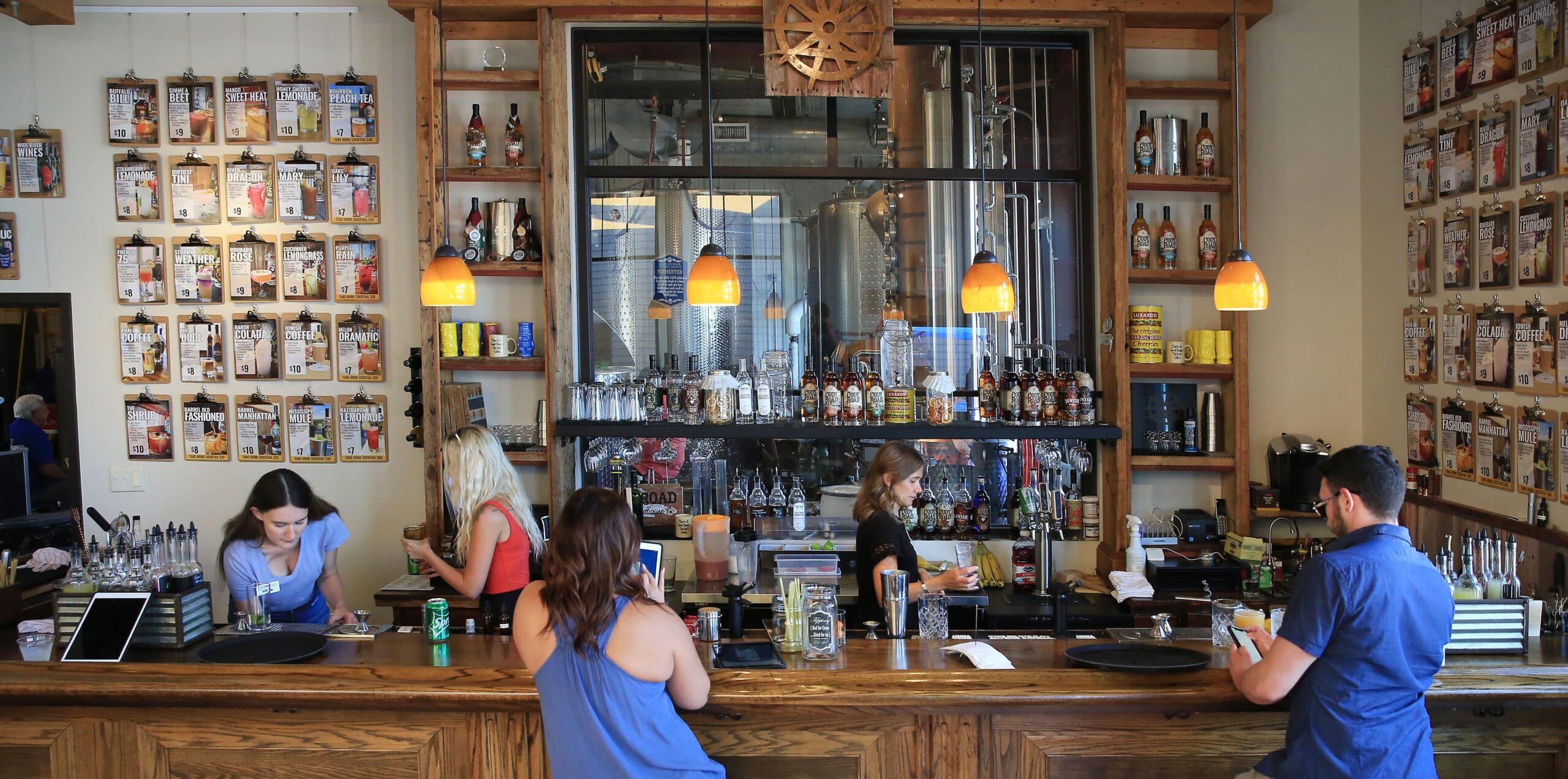 MRDC Cocktail House Bar